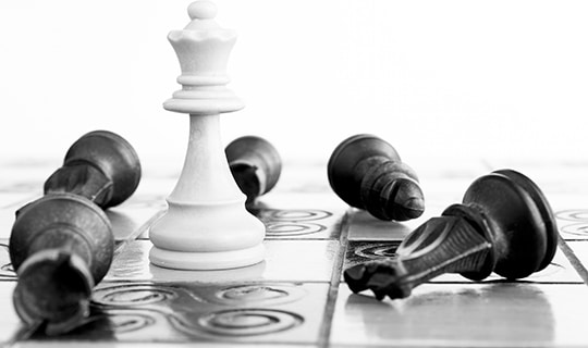 w3ctrl-services-web-development-chess-black-white-king